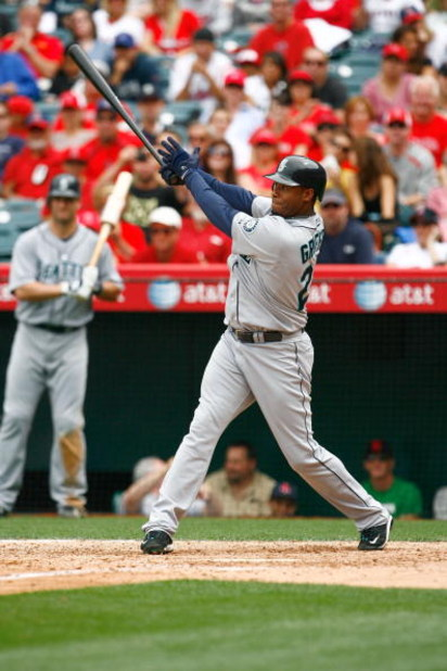 ANAHEIM, CA - MAY 31:  Ken Griffey Jr. #24 of the Seattle Mariners plays against the Los Angeles Angels of Anaheim at Angel Stadium on May 31, 2009 in Anaheim, California.  (Photo by Jeff Gross/Getty Images)