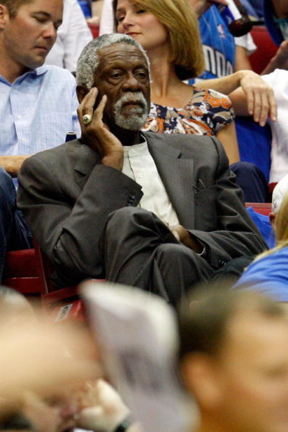 ORLANDO, FL - JUNE 14:  NBA legend Bill Russell watches Game Five of the 2009 NBA Finals between the Orlando Magic and the Los Angeles Lakers on June 14, 2009 at Amway Arena in Orlando, Florida.  NOTE TO USER:  User expressly acknowledges and agrees that,
