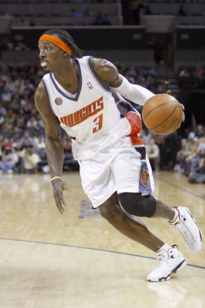 CHARLOTTE, NC - MARCH 13:  Gerald Wallace #3 of the Charlotte Bobcats drives the ball against the Houston Rockets during their game at Time Warner Cable Arena on March 13, 2009 in Charlotte, North Carolina. NOTE TO USER: User expressly acknowledges and ag