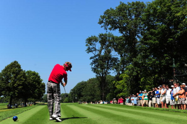 CHASKA, MN - AUGUST 11:  Ian Poulter of England hits a shot during the second preview day of the 91st PGA Championship at Hazeltine National Golf Club on August 11, 2009 in Chaska, Minnesota.  (Photo by Stuart Franklin/Getty Images)