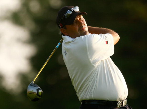 CHASKA, MN - AUGUST 11:  Angel Cabrera of Argentina hits a shot during the second preview day of the 91st PGA Championship at Hazeltine Golf Club on August 11, 2009 in Chaska, Minnesota.  (Photo by Scott Halleran/Getty Images)