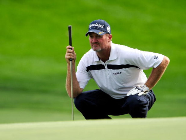 AKRON, OH - AUGUST 07:  Jerry Kelly looks over a shot on the ninth hole during the second round of the WGC-Bridgestone Invitational on the South Course at Firestone Country Club on August 7, 2009 in Akron, Ohio.  (Photo by Sam Greenwood/Getty Images)