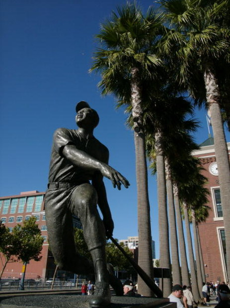 SAN FRANCISCO - SEPTEMBER 2: A statue of baseball legend Willie Mays stands in Willie Mays plaza before the game between the Colorado Rockies and the San Francisco Giants on September 2, 2004 at SBC Park in San Francisco, California.  The Rockies won 6-5.