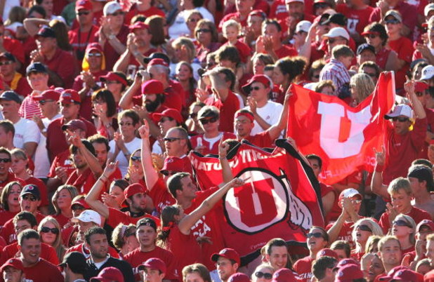 PASADENA, CA - SEPTEMBER 02:  Fans of the Utah Utes cheer during the college football game against the UCLA Bruins held on Septemeber 2, 2006 at the Rose Bowl in Pasadena, California.  (Photo by Jeff Gross/Getty Images)