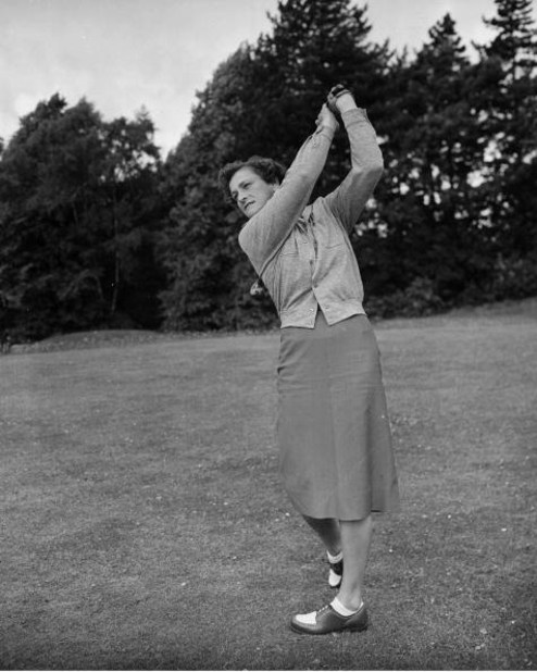 1951:  Babe Zaharias in action. Mandatory Credit: Allsport/ALLSPORT