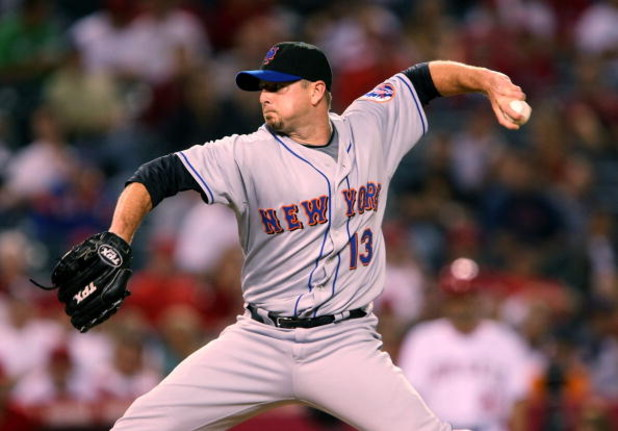 ANAHEIM, CA - JUNE 16:  Closer Billy Wagner #13 of the New York Mets  pitches the ninth inning on the way to a save against the Los Angeles Angels of Anaheim on June 16, 2008 at Angel Stadium in Anaheim, California.  The Mets won 9-6.  (Photo by Stephen D