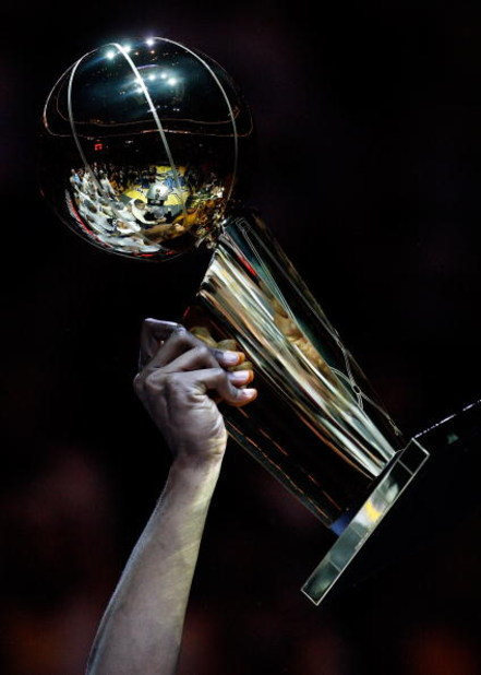 ORLANDO, FL - JUNE 14:  A detailed picture of the Larry O'Brien trophy after the Lakers defeated the Orlando Magic 99-86 in Game Five of the 2009 NBA Finals on June 14, 2009 at Amway Arena in Orlando, Florida.  NOTE TO USER:  User expressly acknowledges a