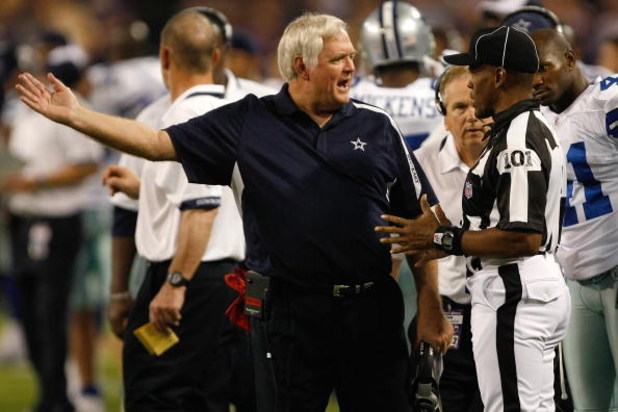 MINNEAPOLIS, MN - SEPTEMBER 4:  Head coach Wade Phillips of the Dallas Cowboys argues with line judge Carl Johnson #101 during action against the Minnesota Vikings at Hubert H. Humphrey Metrodome on September 4, 2009 in Minneapolis, Minnesota. The Cowboys