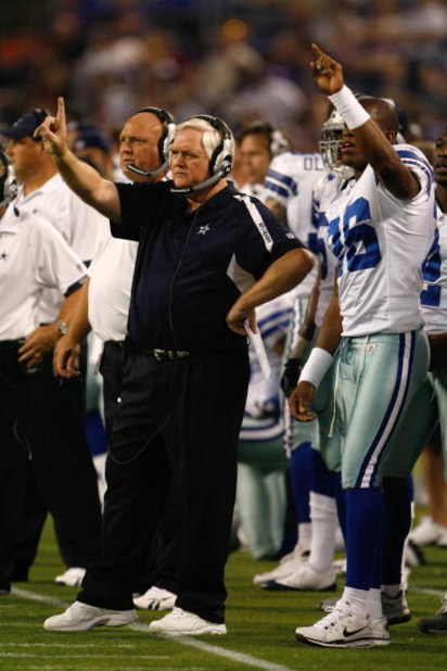 MINNEAPOLIS, MN - SEPTEMBER 4:  Head coach Wade Phillips of the Dallas Cowboys signals a play from the sidelines during action against the Minnesota Vikings at Hubert H. Humphrey Metrodome on September 4, 2009 in Minneapolis, Minnesota. The Cowboys defeat